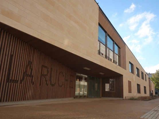 Livraison pour l'école, le centre de loisirs et la ludothèque de Meudon